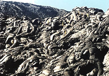 Mounds of pahoehoe.